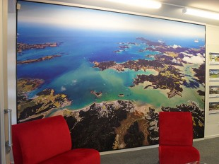 halvo-signs-harcourts--wall-print